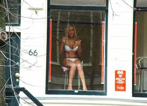 kto-rabotaet-prostitutkami-v-evrope